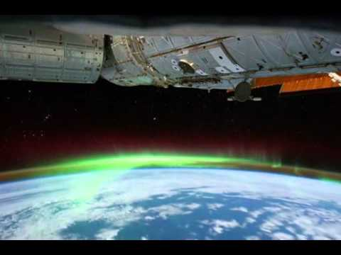 The Ever-Gorgeous Aurora Australis (Southern Lights)