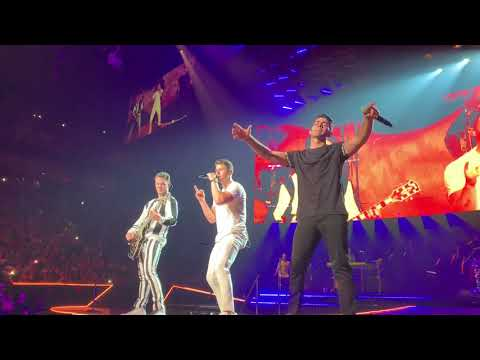 Jonas Brothers - Burnin' Up - Happiness Begins Tour 2019 (Pit) Opening Night Miami