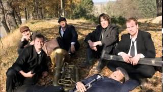 Video Pohřební kapela - Osika