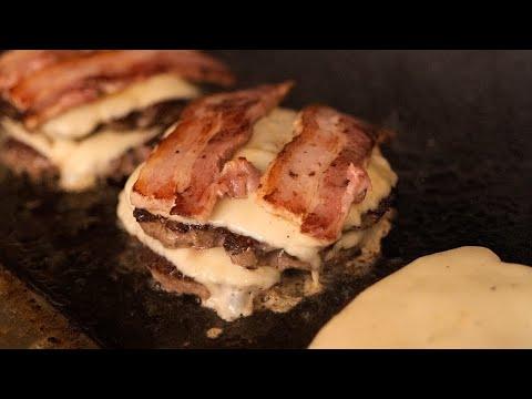 치즈 베이컨 버거 – 최현석 셰프가 차린 수제 햄버거집 / double cheese bacon hamburger steak / korean street food