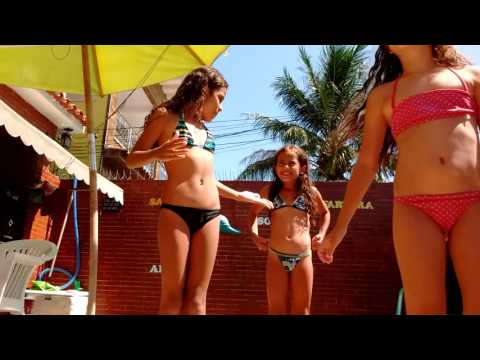 Desafio da Piscina 🌊 (ft. Manu e Tata)