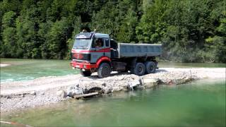 preview picture of video 'Mercedes-Benz Truck spotting @ Bad Tolz'
