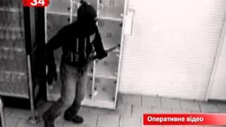 В Днепродзержинске задержали мужчин, которые забегали в ломбарды и стреляли в потолок