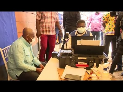 Nana Akufo Addo Registeres Fpr Voter Id In Kyebi, His Hometown