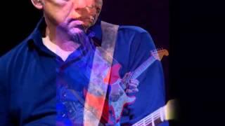 Van Morrison and Mark Knopfler - Irish Heartbeat -  with Lyrics