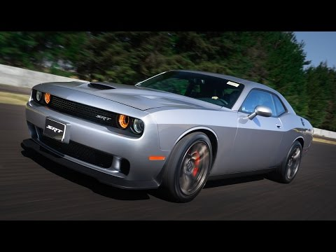 Manejamos el nuevo Dodge Challenger SRT Hellcat