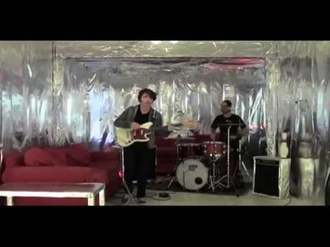 Bantam Foxes - Without Me [OFFICIAL VIDEO]...