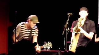 9mm And A Three Piece Suit [HD], by Streetlight Manifesto (@ Q-Bus, 15.08.2010)