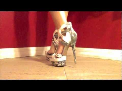Review of Shiela from ShoeDazzle HOT Snakeskin High Heel