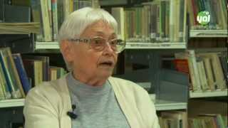 preview picture of video 'Lucienne Brousse : écrivaine, soeur blanche affectée à Tizi Ouzou (Kabylie, Algérie) depuis 1953'