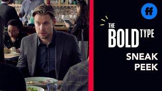 Saison 4 épisode 8 | Sneek Peek 4 : Jane's Brother Confronts Ryan (VO)