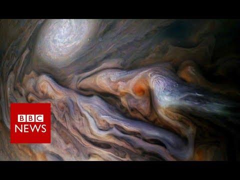Dive Over Jupiter's Cloud Tops with NASA's Juno Craft