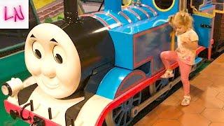 ТОМАС город Развлечений Для детей и малышей как в Мультике / Паровозик Томас и Его Друзья