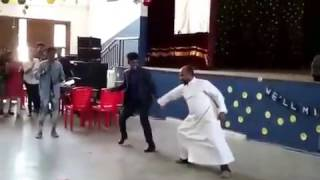 Baha Kilikki dance by a Priest. Please subscribe my channel too