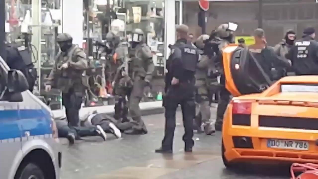Арабские реперы с страйкбольным оружием снимали клип - спецназ шутку не оценил