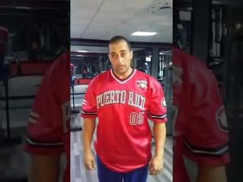 Les exercices avec la barre sur tous les groupes des muscles