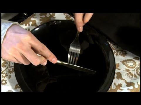 Cómo usar los cubiertos en la mesa