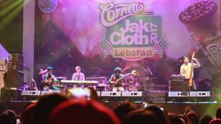 Live Payung Teduh at JakCloth 2017 ( AKAD )
