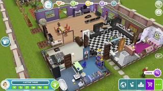 "The Sims FreePlay ""Make 5 Sims Have A Good Scrub"""