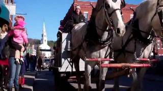 preview picture of video 'A Very Merry Middlebury'
