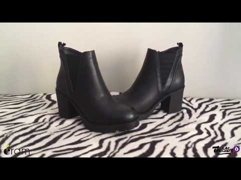 5b49fe559a1 Boots noir cranté à talon. Réf   MAERIA 10385240425. Previous  Next