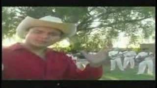 Gira El Mundo - Armando El Hurakan del Bajio (Video)