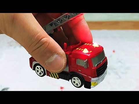 Incredibly Micro Scale FIRE TRUCK gets unboxed and tested!