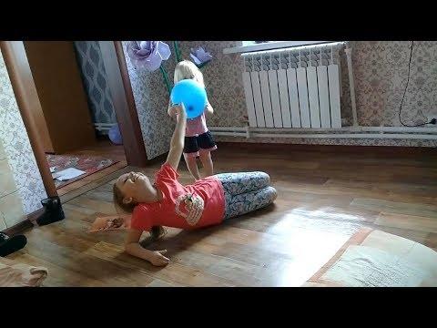 Vlog:Новые игрушки.Рваные джинсы)Играем.