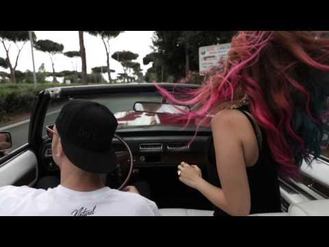 , title : 'Claudia Megrè • E GIÀ MI SENTO IN VACANZA • Feat. Clementino'
