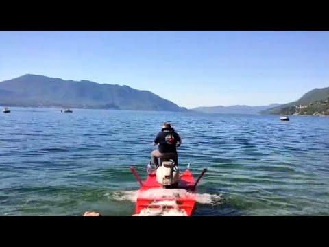 La traversata del lago Maggiore in Vespa