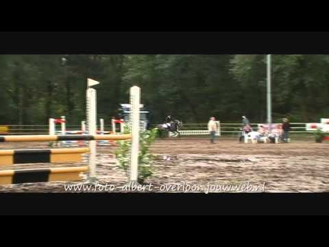 Bosruiterkes springconcours overloon 05-06-2011