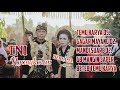Seorang TNI Nyongkolan Adat Sasak Lombok diiringi Kesenian Sasak Ali Nune Vivian