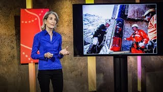 How to turn a group of strangers into a team | Amy Edmondson