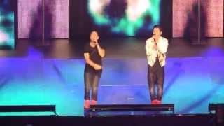 Austin Mahone And Robert Villanueva singing Shawty Shawty