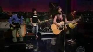 ALANIS MORISSETTE - EVERYTHING (Live 2004)