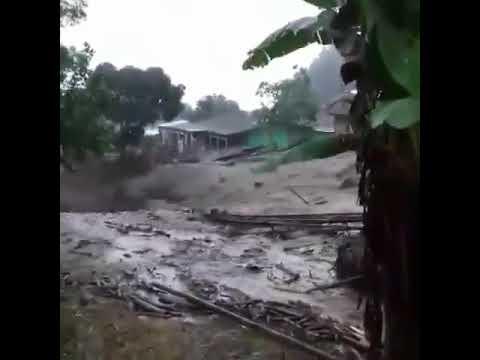 Video: Detik - detik Banjir Bandang Terjang Gunung Mas Puncak Bogor