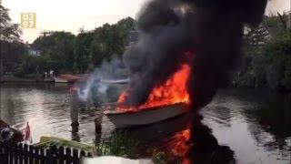 Vlammenzee legt boot in as Loenen aan de Vecht