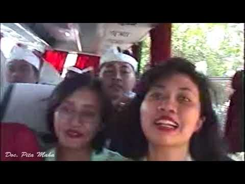Karya Pura Semeru Agung Senduro -Lumajang TH 1999