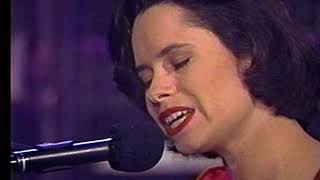 10,000 Maniacs - How You've Grown - on The Tonight Show 04-14-93 Live