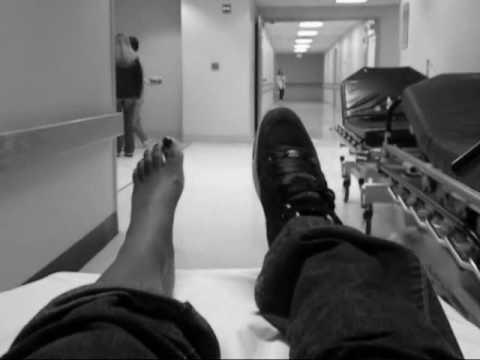 La sensation du remuage des veines sur le pied