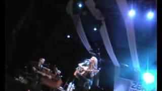 Alanis Morissette Flinch Live
