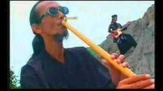 Download lagu Detty Kurnia Mawar Bodas Mp3