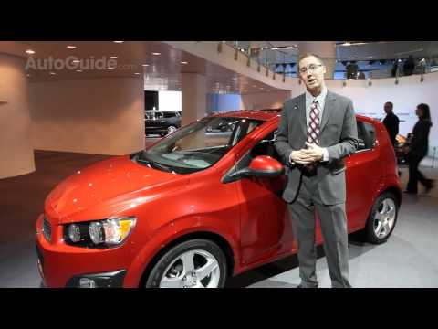 Detroit 2011: 2012 Chevrolet Sonic Hatchback and Sedan World Premier Review