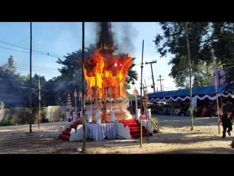 Cremation ceremony in Thailand(2)