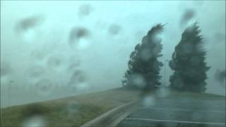 preview picture of video 'Severe thunderstorms in Pontiac, MI 7 27 14'