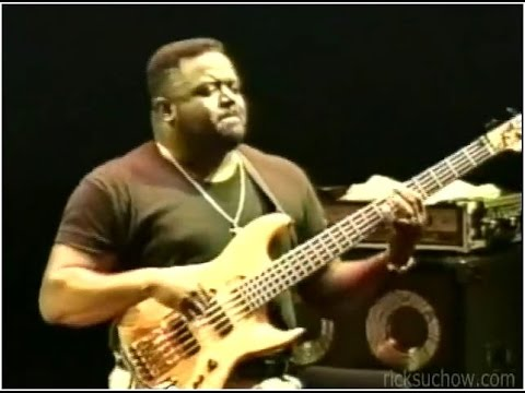 "Larry ""Bear"" Kimpel bass w/ Billy Cobham & George Duke: ""Stratus"""