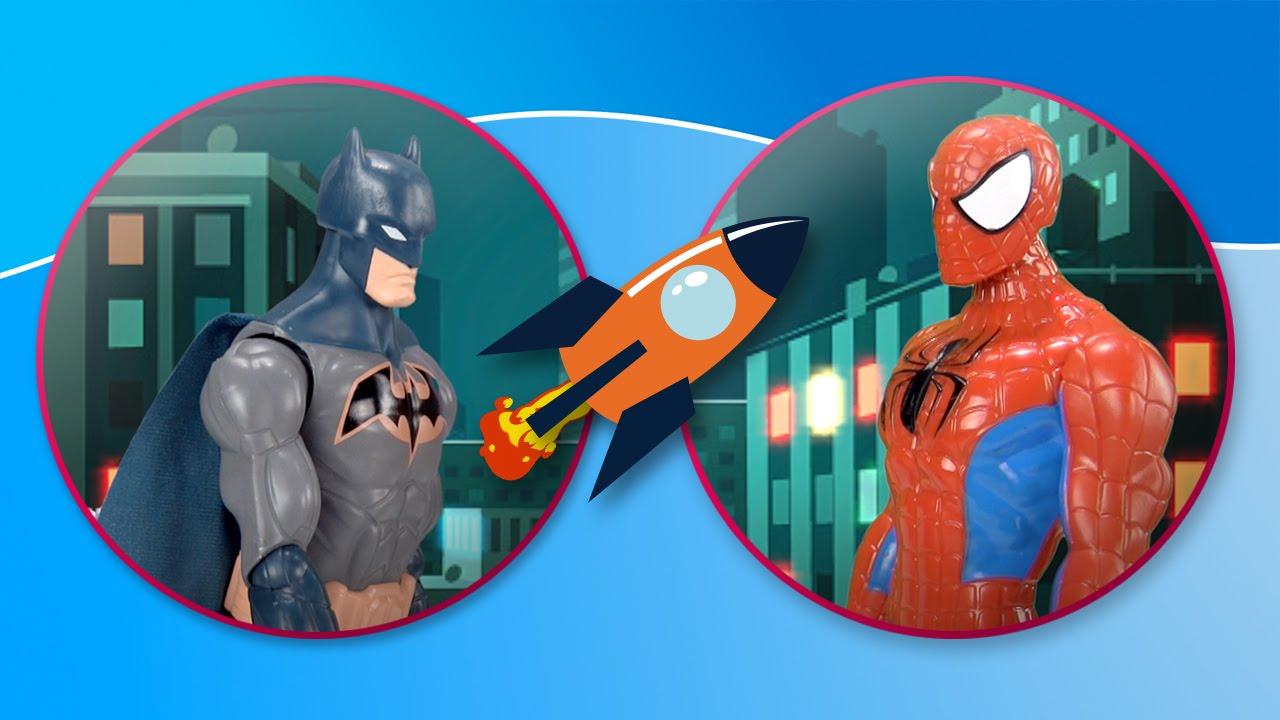 Spiderman vs Batman. La araña y el murciélago luchan en la ciudad