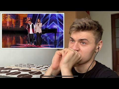 REACTION to Kodi Lee GOLDEN BUZZER - America's Got Talent 2019 (VOCALIST REACTION) (видео)