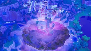 FORTNITE CUBE HITTING TILTED TOWERS RIGHT NOW!? (FORTNITE BATTLE ROYALE)