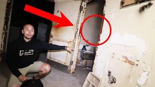 (PART 1) Overnight inside USA's Most haunted asylum **scary**